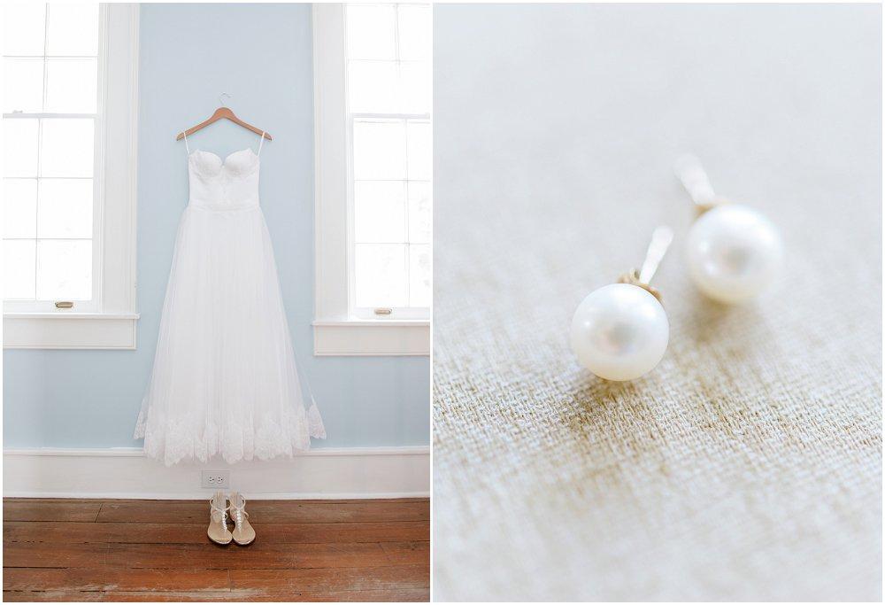 Brudekjole og perleøredobber til bryllupet