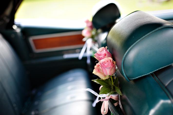 Ideer til å pynte bryllupsbil